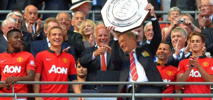Moyes with Community Shield